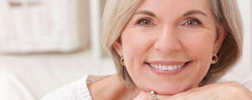 Implantes dentales y dientes fijos en 1 solo día